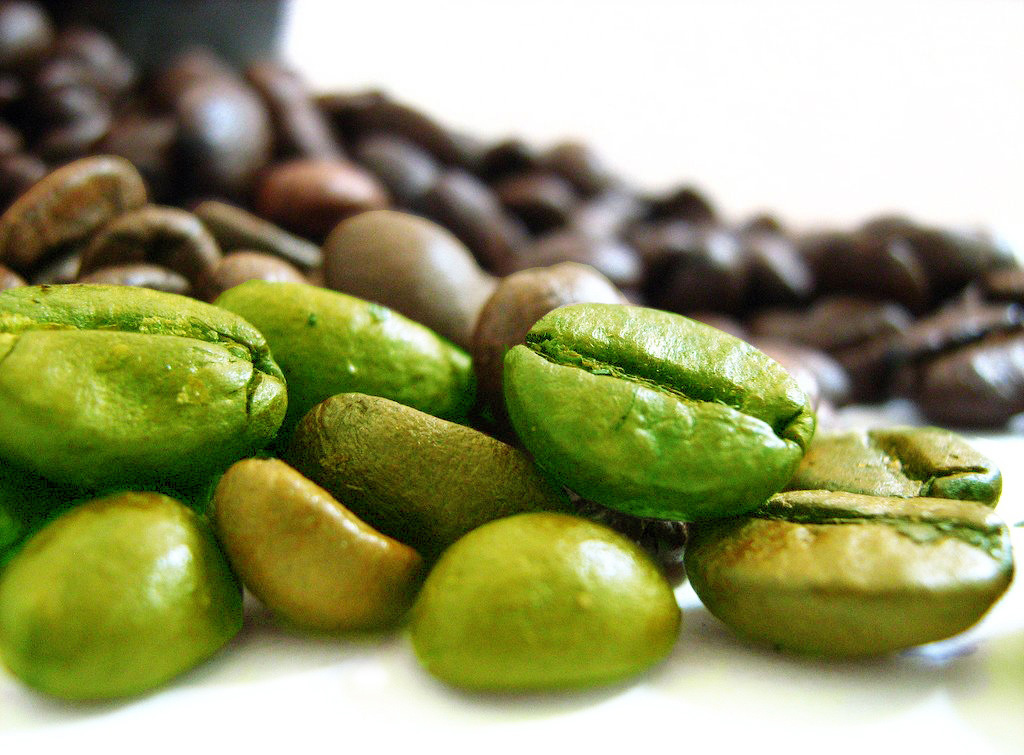 Green Bean Coffee Claims: Fact or Fiction? | Honest Consumer Health ...